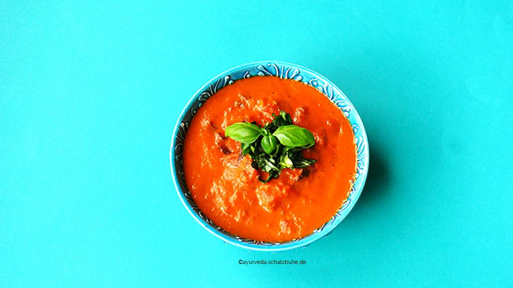 Lecker-fruchtig: Tomatenchutney ayurvegan