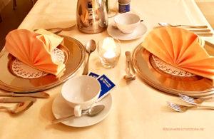 Ayurvedisches Menu Gedeckter Tisch